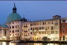 Hotel Carlton on the Grand Canal / Affacciato sul magico Canal Grande, l'Hotel Carlton on the Grand Canal è la destinazione ideale per un'indimenticabile vacanza a Venezia.