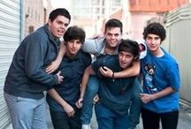 The Janoskians  / Okay these boys are the best things that have ever happened to me.They make me soo happy. I love the fact that Ariana Grande dates Jai Brooks.  There is a total of 5 guys part of The Janoskians.  The Brooks Brothers: Beau Brooks, Luke Brooks, Jai Brooks Then the rest: Daniel [Skips] Sahyounie, and James Yammounie