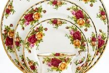 Pretty Dishes / by Sharon Lommel