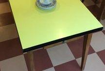 pöydät . tables