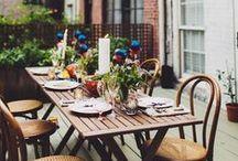 Outdoor dining area / Buitenleven-inspiratie: tafelen in de buitenlucht! www.alleeetkamerstoelen.nl