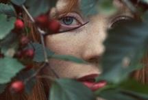 like a witch / бывают девушки, чьи чары так сильны, что их за глаза называют ведьмами... развевающиеся волосы, манящий взгляд, тонкие запястья, пленительные речи... она ведает стихиями, знает секреты трав и приворотного зелья... сильная, смелая, дикая, непокорная, вольная, загадочная...  но она не колдует, не применяет магию, не делает зла... она слушает ветер, поет с птицами, ходит волчьими тропами...
