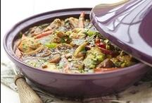 Arabisch eten 1 / Ik ben Belg, gehuwd met een Algerijn en woon ook in Algerije. Het is niet gemakkelijk om Algerijnse recepten te vinden, maar de Marokkaanse keuken is idem. Dus daar hebben we kookboeken van / by MEGAN ZARGO