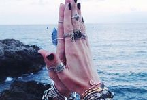 J e w e l r y  A n d  A c c e s s o r i e s / Gypsy/witch Jewelry and accessories