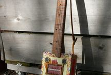 Stringed musical instruments / Collection of various stringed musical instruments