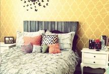 Beautiful Bedrooms / What you can do with your Simmons Beautyrest. Bedroom decor, comfort, and style.