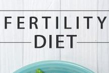 Fertility Diet / Get ideas and tips on how to eat for fertility and pregnancy preparation. #FertilityDiet