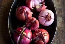 Food - Vegetables, Legumes & Grains / by Taarna T