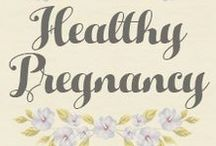 Healthy Pregnancy / Natural pregnancy health. Learn about herbs, diet and exercise for a healthy pregnancy and baby. #HealthyPregnancy