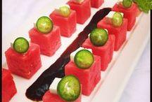 Tapas snacks picadas gourmet / Gourmet para comer con la mano / by Ethel Palavecino