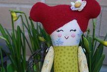 Kangasnukkeja /  Cloth dolls