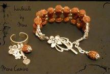 Bracelets - Handmade by Mone / http://monecamino.wordpress.com http://cufarulmonicai.wordpress.com