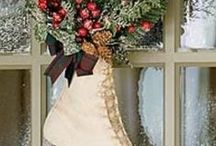 Christmas Door Candy Inspiration from Shelf Edge. / Make your front door special this Christmas
