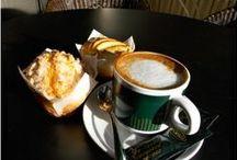 Coffemaniacos / El placer de saborear el mejor café en un ambiente acogedor. Te sentirás como en casa...