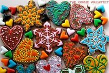 Zentangle and Pattern /  Valentines Day Cookies - tangled up in you