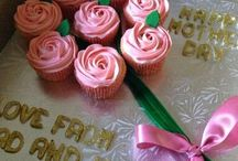 Bouquet of Roses cupcake