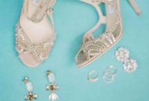 Sapatos, sandálias e afins