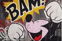 Mr. OREKE / L'artiste Mr.Oreke a découvert les arts picturaux au travers de la pratique du graffiti, au début des années 2000. À l'aide de ses bombes de peinture, il a débuté en parant les murs de ses dessins colorés avant de prolonger son geste sur le support toilé. Réalisant ses œuvres dans un style résolument tourné vers l'abstraction, le peintre va, quelques années plus tard, y insérer des portraits masculins et féminins, conçus au moyen de pochoirs.