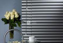 Žaliuzės / Žaliuzės - praktiškas ir stilingas pasirinkimas ne tik Jūsų biurui, bet ir namams! Jos ne tik švelniai sureguliuoja pro langus sklindantį saulės šviesos srautą, bet ir padeda suteikti solidumo ir elegancijos interjerui.  Sužinokite daugiau: http://goo.gl/SClyVL.