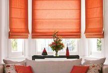 Oranžinė spalva namų interjere / Yra sakoma, kad oranžinė – ryškių asmenybių spalva. Tačiau reikėtų nepamiršti, kad ji padeda lengviau išgyventi negandas, įveikti liūdesį ir baimę. Oranžine spalva dekoruoti langų uždengimai puikiai dera virtuvėje, valgomajame, aplinkoje, kurioje bendraujama su svečiais – jie pašnekovams suteikia papildomos energijos. Norėtumėte ryškių roletų ar žaliuzių? Apsižvalgykite Domus Lumina idėjų lentoje ir išsirinkite!