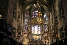 Gaudi  / The architecture of Gaudi you have to see!