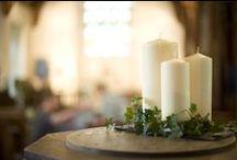 Velas / Nuestra amplia gama de velas al por mayor incluye velas de glesia, nightlight, velas tipo votive, muchísimas velas perfumadas y, por supuesto, las famosas velas esenciales cena...