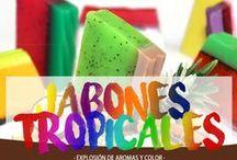 Jabones tropicales / Cierra los ojos y para ser transportado a un paraíso exótico con esta gama de jabones paraíso tropical. Su olor es parecido a un cóctel tropical, no querrás dejar de utilizarlo.   Te presentamos una gama increíblemente dulce y picante de frutas exóticas del trópico, incluyendo fruta del dragón, la papaya y el mangostán púrpura, puedes verlos aquí https://www.aw-regalos.com/tpsoap
