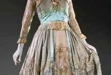 Dresses: 1910s