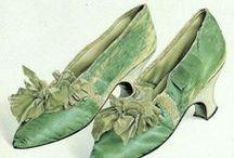 Accessories: 1780s  / Hats, Gloves, Parasols, Purses & Shoes