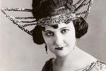 Art: Roaring 1920s / Paintings & Fashion Plates