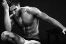 January 2014 Newsletter – Men's / Classic Appeal: make an effortlessly chic statement in black or white undies.