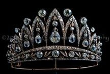 Crowns, Diadems, Tiaras / by Suzanne Sloan