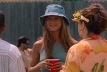 Bucket hat, back again / Vuelven los 90's