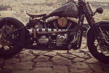 Harley Davidson Crossbones Bobber / My 2009 Softail Crossbones Bobber during years!!!