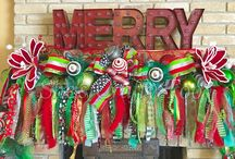 Christmas Garlands / CHRISTMAS Wreaths and other decor by She's Crafty Too. FOLLOW ME AT ETSY www.etsy.com/shop/shescraftytootx    FACEBOOK www.facebook.com/shescaftybyclaranicole   Www.facebook.com/groups/shescraftybyclara  INSTAGRAM @shescraftyclara