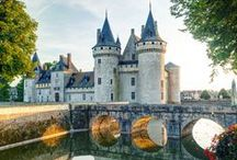 """CASTLES✿France and more... / Welcome! You are all cordially invited to collaborate on this board. If you follow me and write simply """"Add me""""on one of my pins, ONLY THERE : https://www.pinterest.com/hardysCorner7/last-minute/ , I'll send you an invitation, as soon as possible . Thanks to all contributors and followers for making this an superb board! Contributing is not obliged... You are free to invite your friends. Here, no rule, other than those of Pinterest..  Admin✿Bernard :-)"""