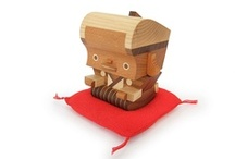 Wood objets / Wooden toys and design objects