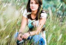 High School Senior Photography Ideas / Awesome high school senior posing examples to get your creativity sparked! This board is updated regularly.