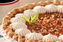 Holiday Dessert Ideas / Need ideas for Thanksgiving or Christmas? Click here to see more.