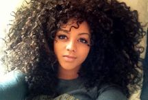 My style: Curly girls / I have a love-hate relationship with my curly hair. Being a curly girl has its challanges, so when I see other curly girls my respect automaticly goes to them. Here are some gorgeous curly girls, some of which I envy. ;)