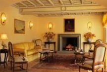 Hotel / Il Grand Hotel delle Terme di Stigliano è una Dimora senza tempodove l'ospitalità trova casa fin dal 1700: offre un ambiente elegante e raffinato in sintonia con i fasti del passato ma anche con le necessità ed i comfort del nostro tempo.