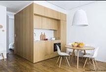 Appartement 17 eme // Margaux Beja / Le Cube « 40 M2 en Boite » Additionner les rangements en faisant le vide. L'idée est d'articuler certaines activités dans un cube au milieu de l'appartement Avec une situation centrale et un matériau chaleureux le volume crée et structure l'espace de vie. Ce cube est conçu comme une architecture dans l'architecture.      Photographie : Romain Ricard // ELLE DECORATION