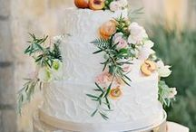 CAKES, DESSERTS, SWEET TABLES / Dessert Table, Hochzeitstorte, Sweet Table, Cake Design, Cupcakes, Cake Pops, Cookies