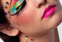 Make Up = Art