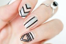 Nails / Nail tutorials, manicure photos and pretty inspiration for nail art and nail polish. From beauty bloggers and pro manicurists.