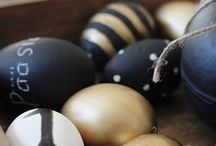 Easter Egg Decorating / Give the walls and furniture a rest this Easter and decorate a egg instead