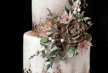 Alice cake board