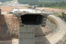 Procedimientos de Construcción / Trata sobre técnicas y procedimientos constructivos en edificación e ingeniería civil