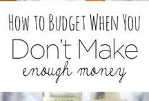 How to Budget / Budgeting for beginners, including tips to help beginners get started with budgeting. Budget printables.