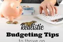 How to Save Money on Bills / How to save money on bills. How families can save money. Simple tips to save money on bills. Frugal living saving. These tips will help you save money on bills each & every month